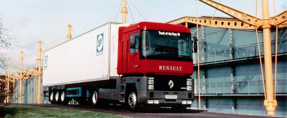 AE500_© 2009 Renault Trucks SAS_BD_