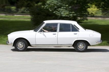 504_3_copyright_automobiles Peugeot_BD