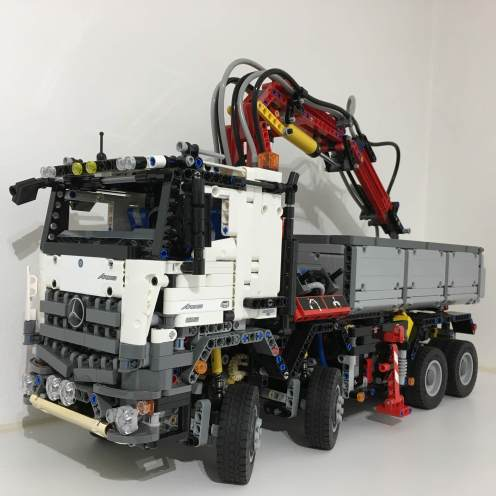 Mercedes Arocs LEGO Technic