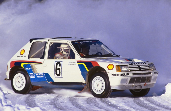 peugeot_205_t16_rally_car_18